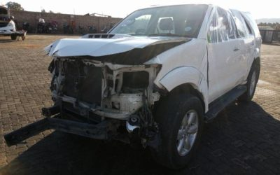 2013 Toyota Fortuner 2.5d-4d RB Stripping For Spares